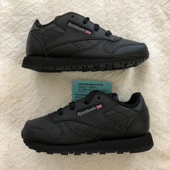e3cada91a66 Reebok classic black leather infant shoe